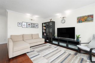 """Photo 13: 704 4200 MAYBERRY Street in Burnaby: Metrotown Condo for sale in """"TIMES SQUARE"""" (Burnaby South)  : MLS®# R2573278"""