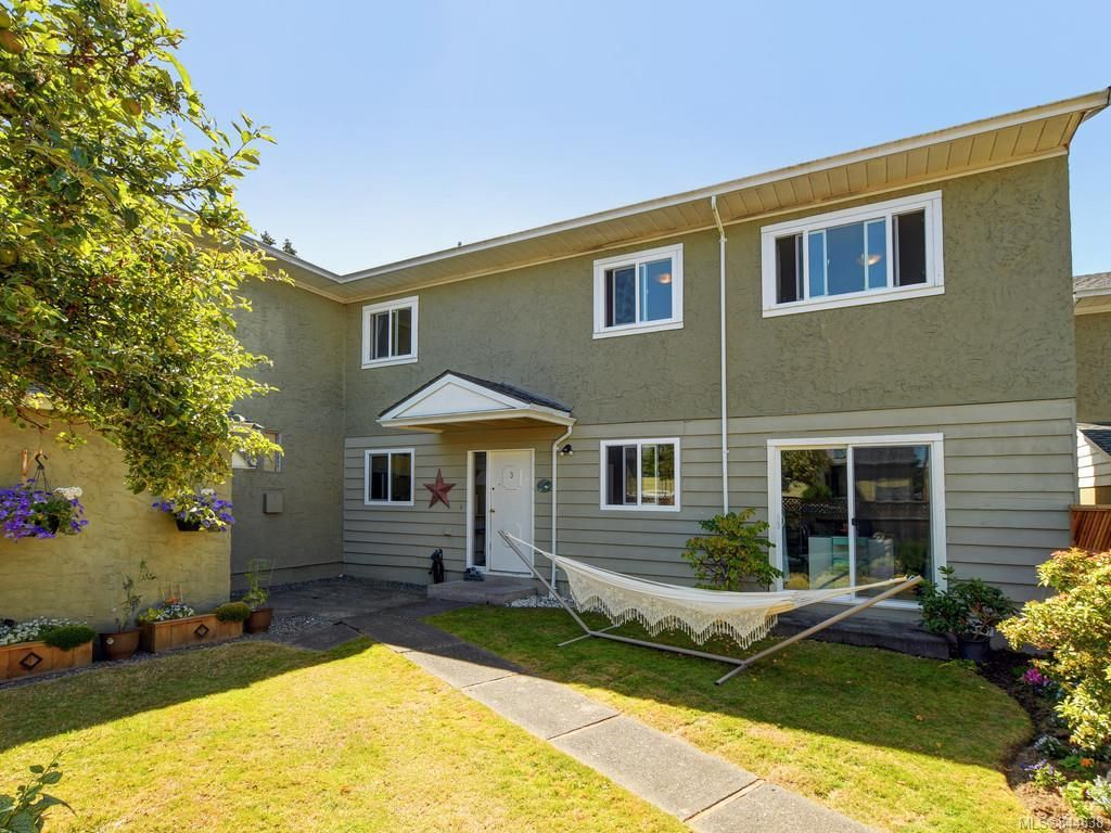 Main Photo: 3 10070 Fifth St in Sidney: Si Sidney North-East Row/Townhouse for sale : MLS®# 844838