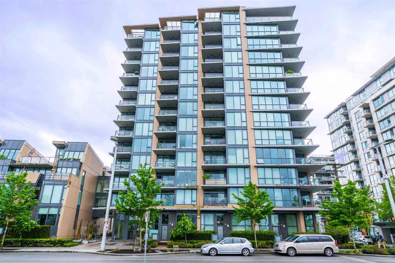 "Main Photo: 216 288 W 1ST Avenue in Vancouver: False Creek Condo for sale in ""JAMES"" (Vancouver West)  : MLS®# R2166069"