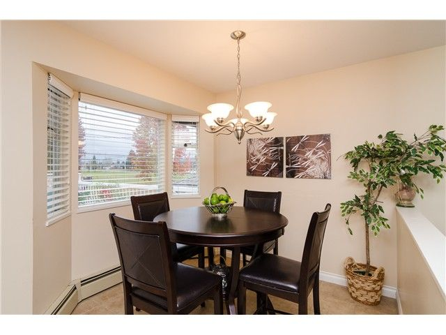Photo 4: Photos: 6430 CURTIS Street in Burnaby: Parkcrest House for sale (Burnaby North)  : MLS®# V981822