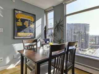"Photo 5: 2005 1008 CAMBIE Street in Vancouver: Yaletown Condo for sale in ""WATERWORKS"" (Vancouver West)  : MLS®# R2457760"