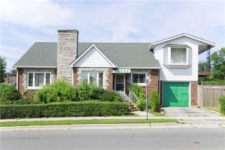 Photo 1: 534 Eulalie Avenue in Oshawa: Central House (2-Storey) for sale : MLS®# E3275044