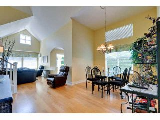 """Photo 7: 8 15450 ROSEMARY HEIGHTS Crescent: White Rock Townhouse for sale in """"CARRINGTON"""" (South Surrey White Rock)  : MLS®# F1451346"""