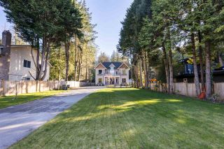 """Photo 2: 13110 CRESCENT Road in Surrey: Crescent Bch Ocean Pk. House for sale in """"Crescent Road"""" (South Surrey White Rock)  : MLS®# R2553259"""