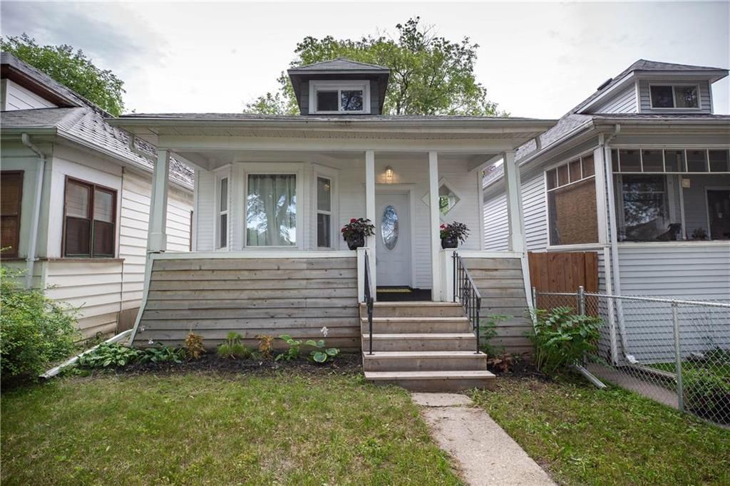 Main Photo: 354 Morley Avenue in Winnipeg: Lord Roberts Residential for sale (1Aw)  : MLS®# 202018389