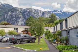 """Photo 28: 23 38455 WILSON Crescent in Squamish: Dentville Townhouse for sale in """"Wilson Village"""" : MLS®# R2592832"""