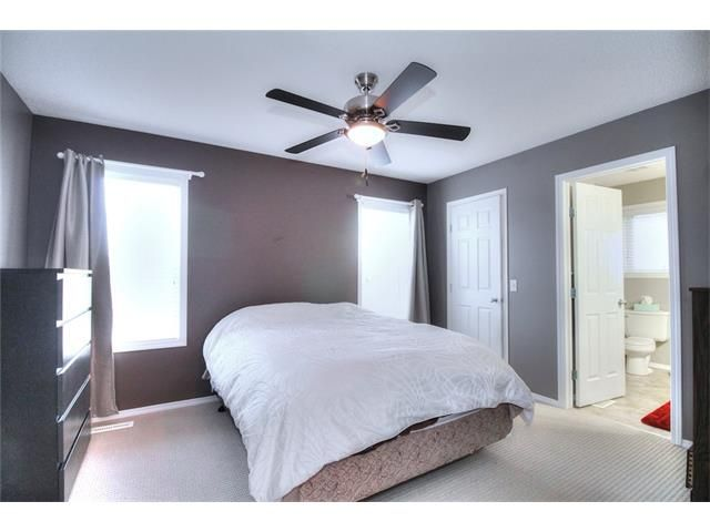 Photo 19: Photos: 527 EVERMEADOW Road SW in Calgary: Evergreen House for sale : MLS®# C4056995