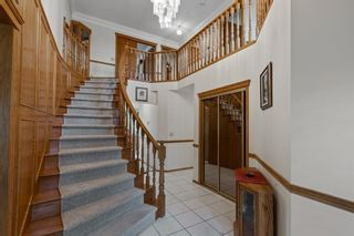 Photo 18: 927 Shawnee Drive SW in Calgary: Shawnee Slopes Detached for sale : MLS®# A1123376