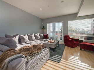 Photo 2: 203 2655 MARY HILL Road in Port Coquitlam: Central Pt Coquitlam Condo for sale : MLS®# R2313705