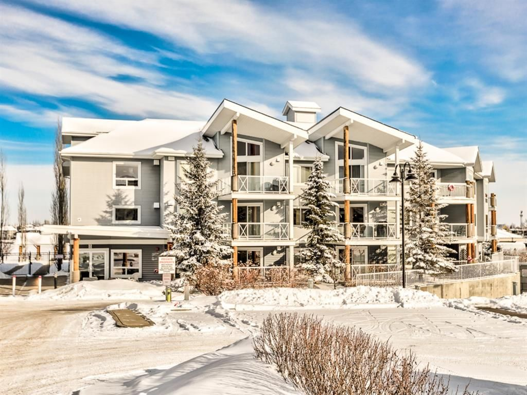 Main Photo: 205 390 Marina Drive: Chestermere Apartment for sale : MLS®# A1066965