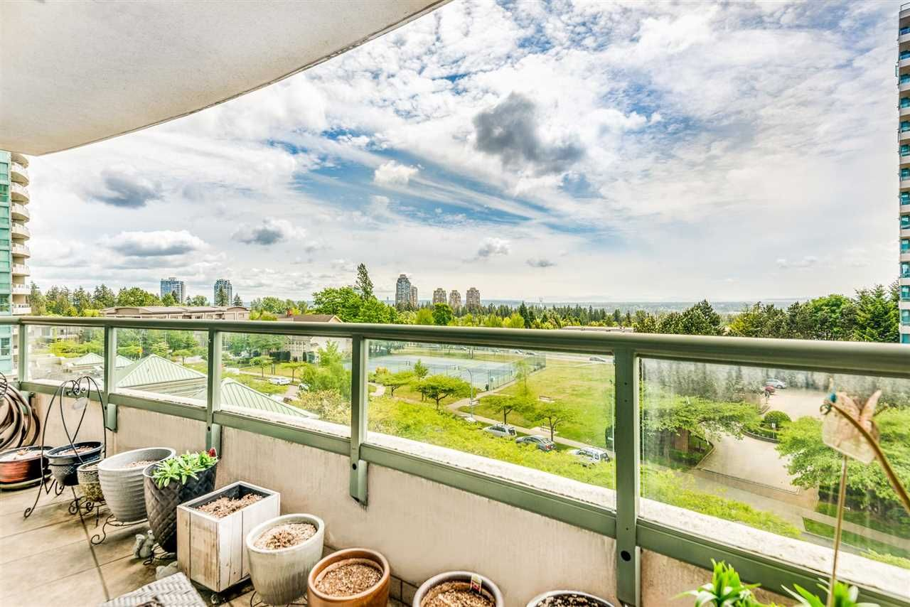 """Main Photo: 603 6611 SOUTHOAKS Crescent in Burnaby: Highgate Condo for sale in """"Gemini"""" (Burnaby South)  : MLS®# R2582369"""