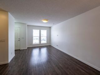 Photo 3: 544 Mckenzie Towne Close SE in Calgary: McKenzie Towne Row/Townhouse for sale : MLS®# A1128660