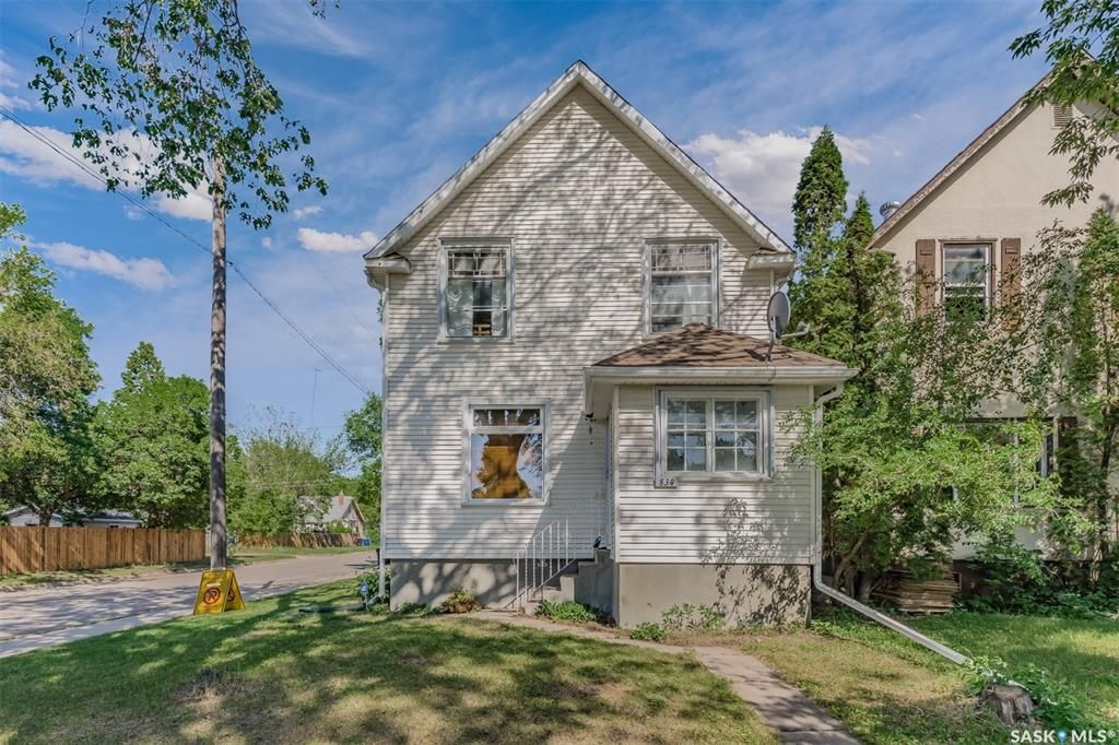 Main Photo: 834 G Avenue North in Saskatoon: Caswell Hill Residential for sale : MLS®# SK860915