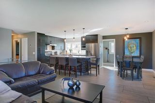 Photo 11: 204 MAPLE COURT Crescent SE in Calgary: Maple Ridge Detached for sale : MLS®# A1152517