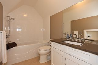 Photo 19: A 4570 51ST Street in Ladner: Ladner Elementary House for sale : MLS®# V856049