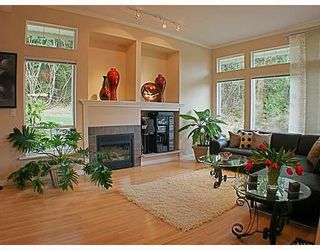 Photo 4: 8 MOSSOM CREEK Drive in Port_Moody: North Shore Pt Moody 1/2 Duplex for sale (Port Moody)  : MLS®# V762195