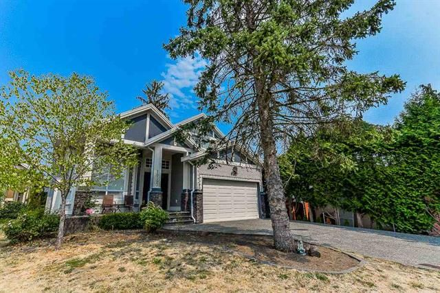 FEATURED LISTING: 19393 62 Avenue Surrey