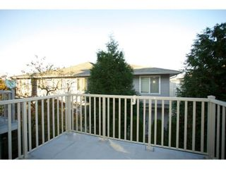 """Photo 12: 69 15155 62A Avenue in Surrey: Sullivan Station Townhouse for sale in """"THE OAKLANDS"""" : MLS®# R2109415"""