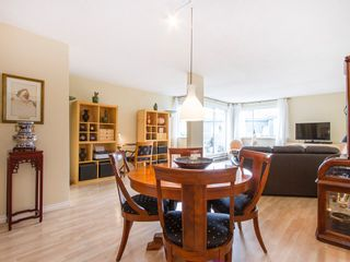 """Photo 9: 303 1540 MARINER Walk in Vancouver: False Creek Condo for sale in """"MARINER POINT"""" (Vancouver West)  : MLS®# V1121673"""