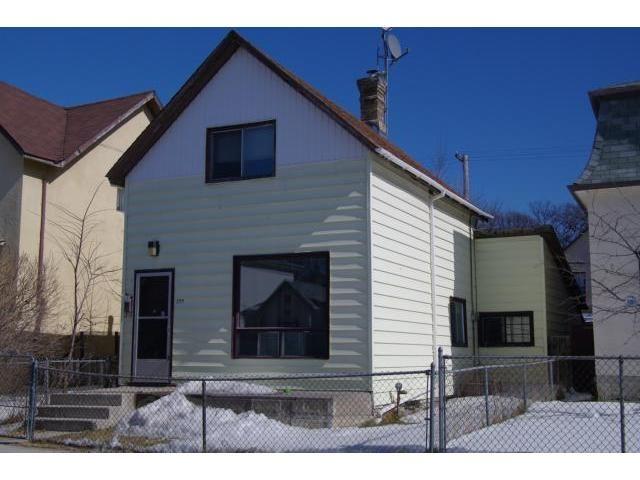 Main Photo: 599 Young Street in WINNIPEG: West End / Wolseley Residential for sale (West Winnipeg)  : MLS®# 1106131