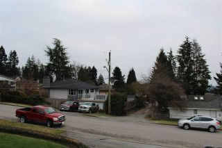 Photo 37: 2121 VENICE Avenue in Coquitlam: Central Coquitlam House for sale : MLS®# R2538303