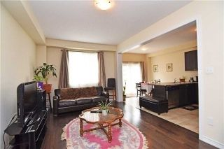 Photo 3: 572 Murray Meadows Place in Milton: Clarke House (2-Storey) for lease : MLS®# W5384534