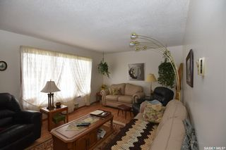 Photo 5: 205 7th Avenue East in Nipawin: Residential for sale : MLS®# SK847010