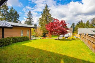 """Photo 3: 606 WATERLOO Drive in Port Moody: College Park PM House for sale in """"COLLEGE PARK"""" : MLS®# R2573881"""
