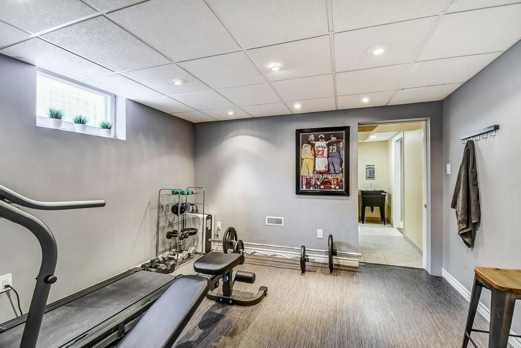 Photo 19: Photos: 2344 Redfern Road in Burlington: Residential for sale : MLS®# H4096947