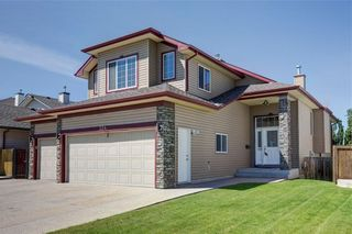 Photo 2: 324 Cove Road: Chestermere Detached for sale : MLS®# C4300904