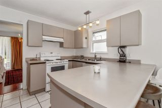 Photo 10: 24 888 W 16 STREET in North Vancouver: Mosquito Creek Townhouse for sale : MLS®# R2472821