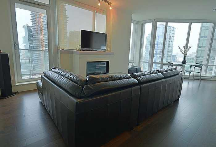 Photo 2: Photos: 2205 565 SMITHE Street in Vancouver: Downtown VW Condo for sale (Vancouver West)  : MLS®# V1142759