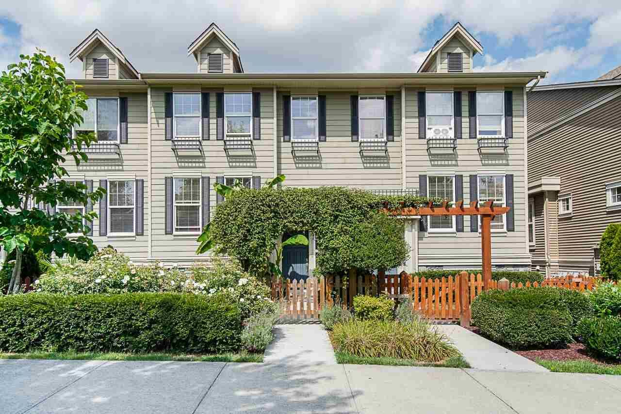 """Main Photo: 21125 80 Avenue in Langley: Willoughby Heights Condo for sale in """"Yorkson"""" : MLS®# R2394330"""