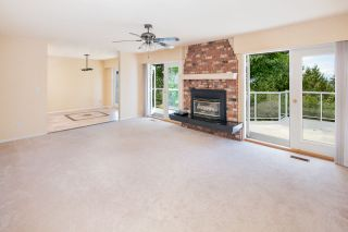 """Photo 10: 7683 GARFIELD Drive in Delta: Nordel House for sale in """"Royal York"""" (N. Delta)  : MLS®# R2477858"""