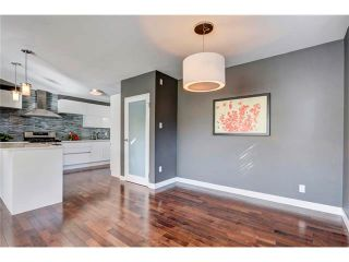 Photo 14: 5612 LADBROOKE Drive SW in Calgary: Lakeview House for sale : MLS®# C4036600