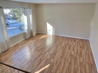 Photo 5: 232 Queensland Road SE in Calgary: Queensland Detached for sale : MLS®# A1058623