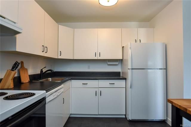 Photo 7: Photos: 5308 173 Victor Lewis Drive in Winnipeg: Linden Woods Condominium for sale (1M)  : MLS®# 1811338