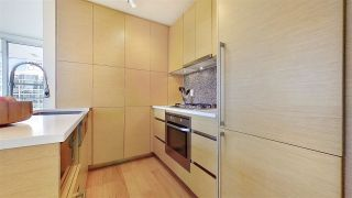 "Photo 13: 1705 565 SMITHE Street in Vancouver: Downtown VW Condo for sale in ""VITA"" (Vancouver West)  : MLS®# R2562463"
