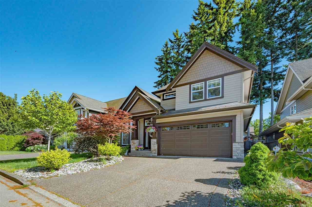 Main Photo: 14854 34 Avenue in Surrey: King George Corridor House for sale (South Surrey White Rock)  : MLS®# R2588706
