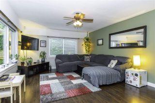 Photo 3: 345 PARK Street in Hope: Hope Center House for sale : MLS®# R2527017