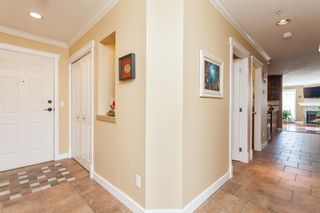 """Photo 6: 307 15941 MARINE Drive: White Rock Condo for sale in """"THE HERITAGE"""" (South Surrey White Rock)  : MLS®# R2408083"""