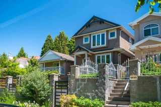 Photo 3: 5474 DUNDEE Street in Vancouver: Collingwood VE 1/2 Duplex for sale (Vancouver East)  : MLS®# R2587238