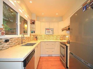 Photo 5: 1031 Old Lillooet Rd in North Vancouver: Lynnmour Townhouse for sale : MLS®# V1105972