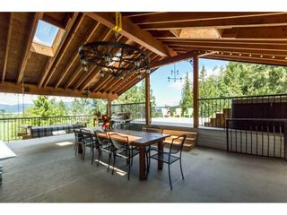 """Photo 15: 39170 OLD YALE Road in Abbotsford: Sumas Prairie House for sale in """"ARNOLD"""" : MLS®# R2197988"""
