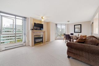 """Photo 3: 1203 867 HAMILTON Street in Vancouver: Downtown VW Condo for sale in """"JARDINE'S LOOKOUT"""" (Vancouver West)  : MLS®# R2613023"""