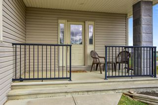 Photo 3: 45 Stromsay Gate: Carstairs Row/Townhouse for sale : MLS®# A1110468