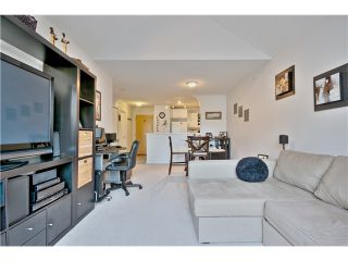 """Photo 7: 407 6833 VILLAGE Grove in Burnaby: Highgate Condo for sale in """"CARMEL AT THE VILLAGE"""" (Burnaby South)  : MLS®# V1044021"""