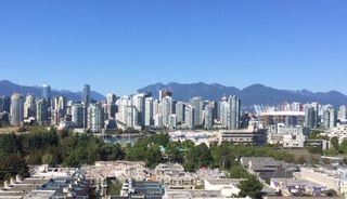 """Photo 26: 905 728 W 8TH Avenue in Vancouver: Fairview VW Condo for sale in """"700 WEST8TH"""" (Vancouver West)  : MLS®# R2082142"""