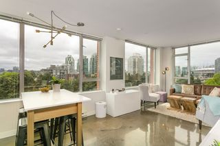 """Main Photo: 702 221 UNION Street in Vancouver: Strathcona Condo for sale in """"V6A"""" (Vancouver East)  : MLS®# R2372074"""