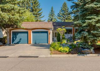 Main Photo: 2 Varsconna Place NW in Calgary: Varsity Detached for sale : MLS®# A1129629